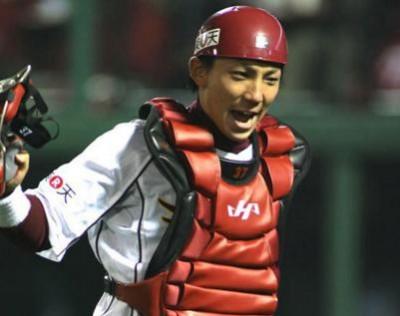 嶋基宏はチーム愛が強いリーダー!結婚相手と子供について!